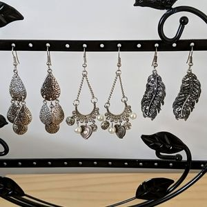 Pack of 3 silver/antique earrings